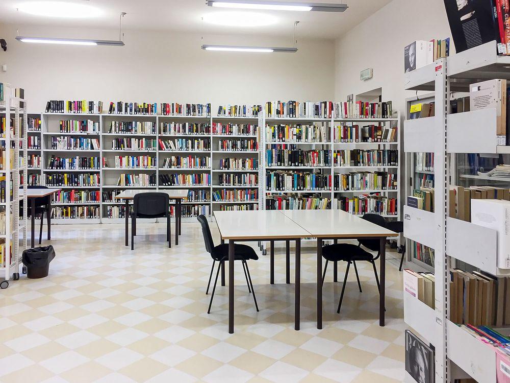 Biblioteca comunale Gianfranco Righetti